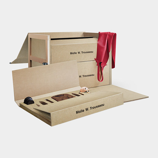 Perfect gift for the bride and groom luxespecs for Bride kitchen queen set